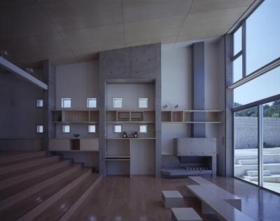 室津・海の家 (コンクリートと木の空間)