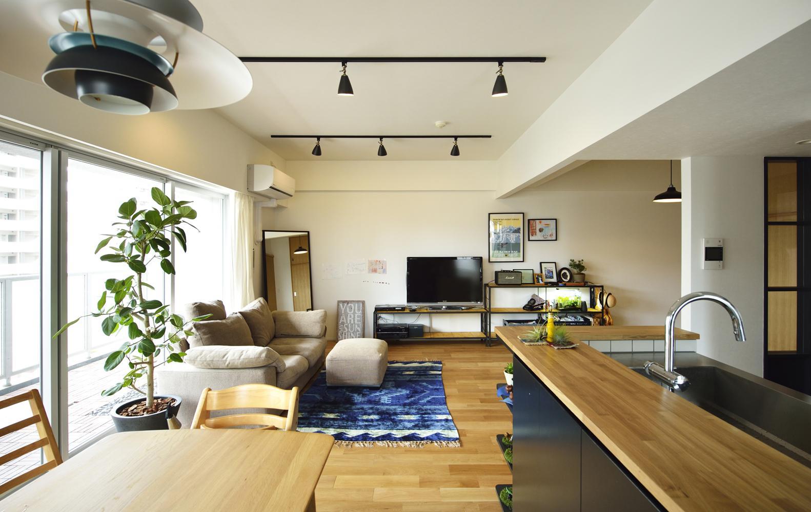 リノベーション・リフォーム会社:スタイル工房「N邸・素足が気もち良い 広々リビング」