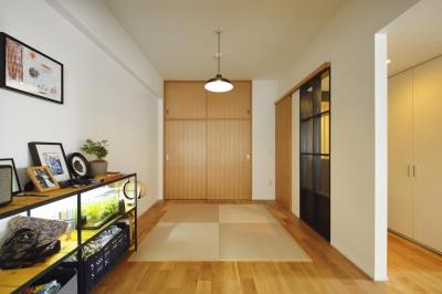 畳スペース (N邸・素足が気もち良い 広々リビング)