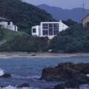 室津・海の家の写真 海から見た建物全景