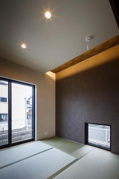 和室 (oyako house)