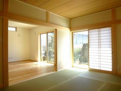 和室 (本格和室を設えゆっくりと時を刻む和モダンの住まい)