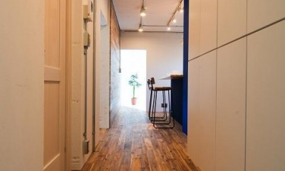 団地リノベーション 02  山小屋風カフェのある部屋 (玄関&廊下)