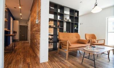 団地リノベーション 02  山小屋風カフェのある部屋 (廊下&リビング)