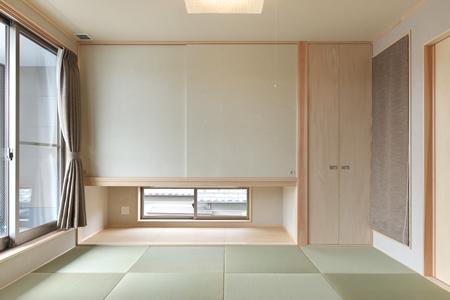 松阪市のY邸の写真 縁無し畳を敷き詰めた和室