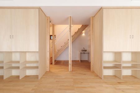 松阪市のY邸の写真 多収納のある広々とした空間