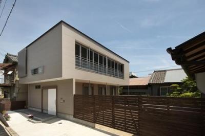 ゲートとカーポート付き住宅 (松阪市のY邸)