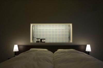 リラックスできる寝室 (弥右衛門のコートハウス)