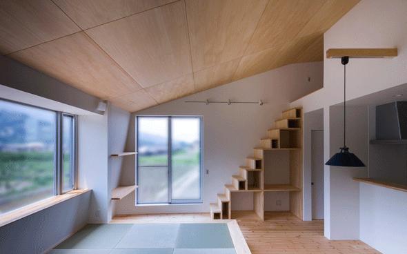 デまど~ココからの景色~の部屋 階段収納のあるリビング