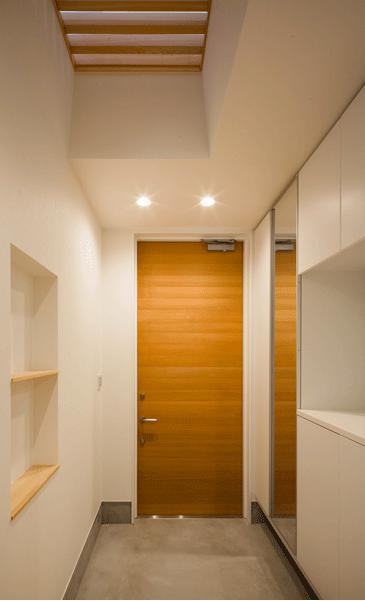 デまど~ココからの景色~の部屋 鏡のある玄関
