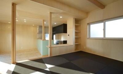 黒い琉球畳を敷き詰めた畳コーナー|鈴鹿市のO邸