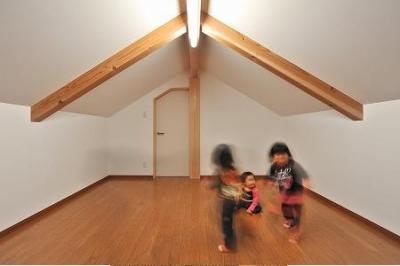 海野の家 (屋根裏部屋)