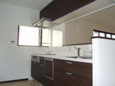 採光で明るいLDKへの写真 対面式キッチン