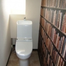 落ち着いた空間のトイレ