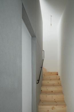 長浜のいえの部屋 階段