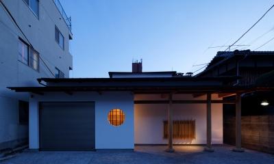 #00a497 (ファサード(夜景)(撮影:野村 和慎))