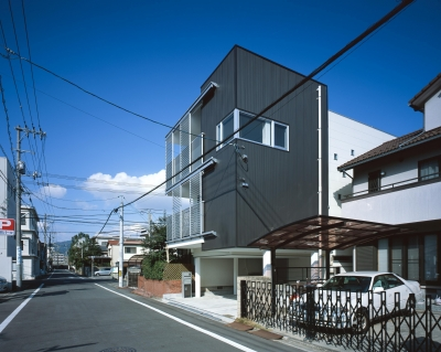 ファサード (Y-house)