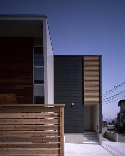 ファサード (三滝の家)