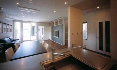 E-ta-ji-ma HOUSE (ダイニング・キッチン)