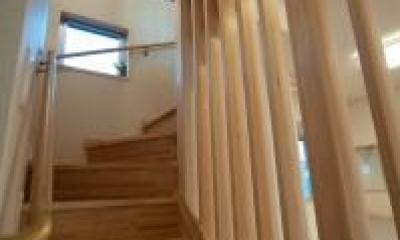 ルーバー付き階段|中ノ島の家