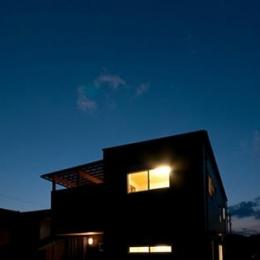 中ノ島の家 (外観 夜景)