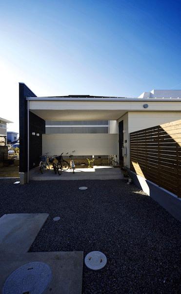 ビイム~ 外と内のつながり~の部屋 玄関前のスペース
