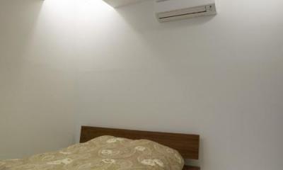 目黒区M邸 (半地下の主寝室)