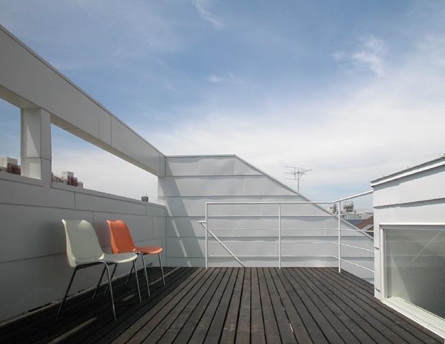 目黒区M邸の部屋 360°展望できる10.7帖の広いルーフテラス