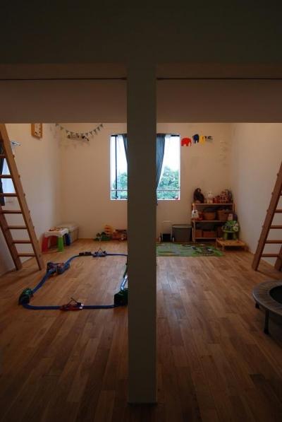 ロフト付き子供部屋 (Bianco grigio #114)