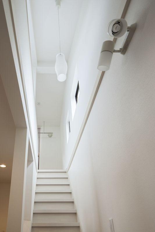 No.64 30代/4人暮らしの写真 階段1