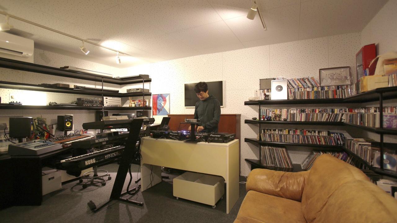 巡る家の部屋 地下スタジオ