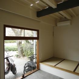 巡る家 (1階の天井)