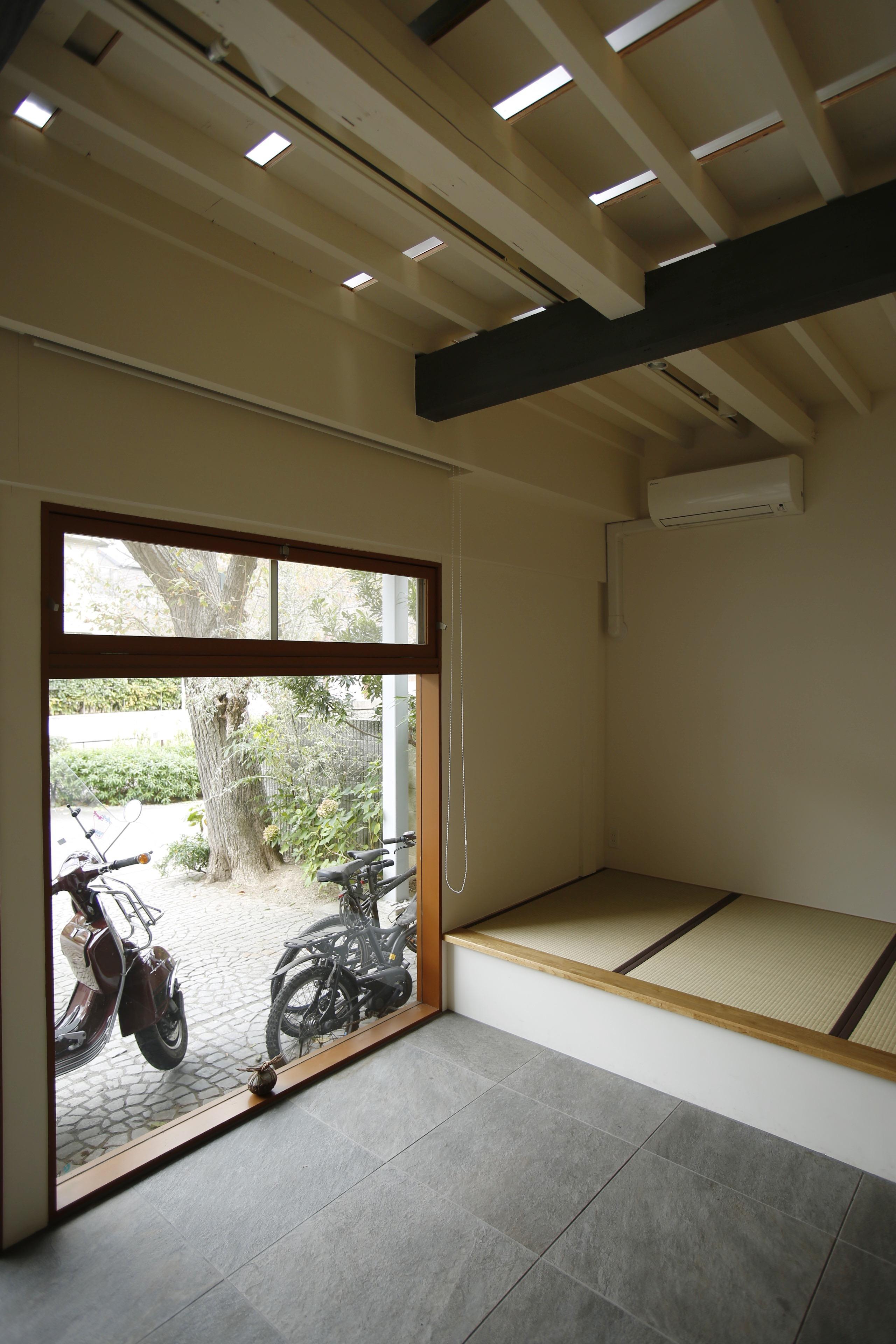 巡る家の部屋 1階の天井