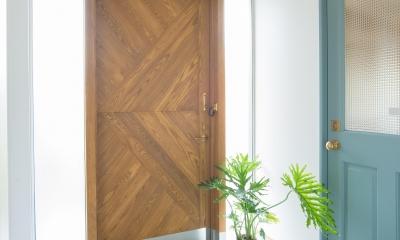 玄関1|LDKが半分土間空間のお家_西山の住まい