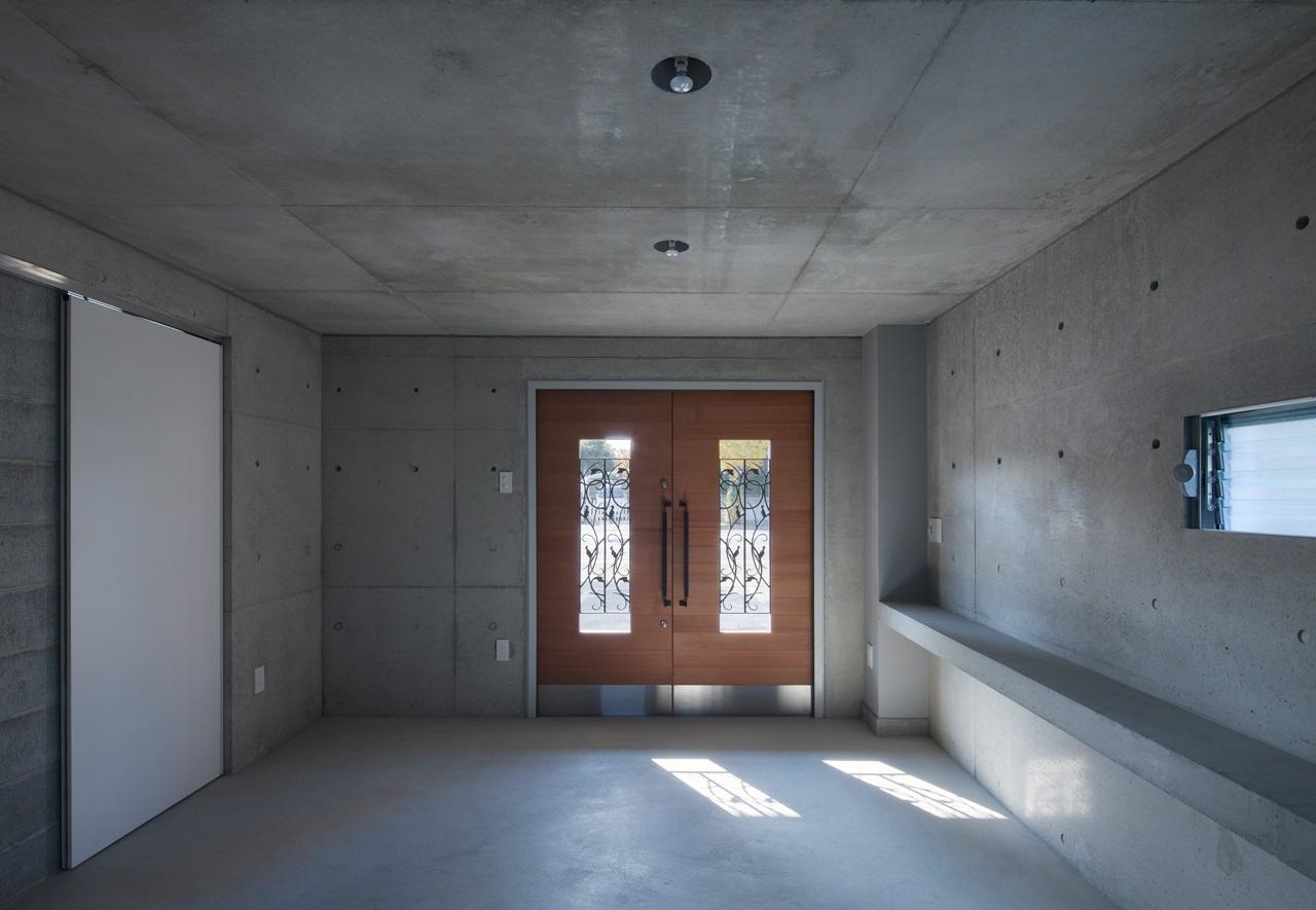 2010 CYYの部屋 土間のある玄関