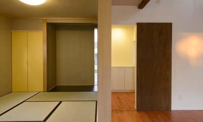 田向の家 (和室と繋がりのあるリビング)