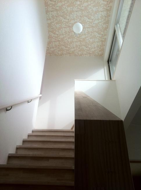 ピアノのある家の部屋 リビング階段