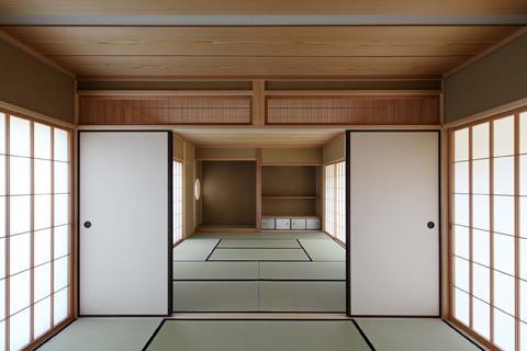 桃李の家の写真 広々した和室