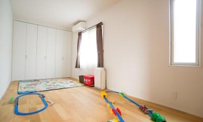 家中の導線を再構築した住まい (子供部屋)