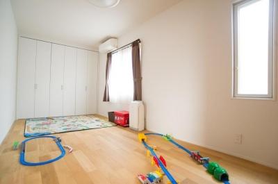 子供部屋 (家中の導線を再構築した住まい)