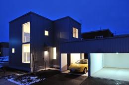 石江の家 (外観 夜景)