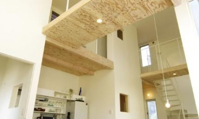 桂木の家 (吹き抜けに渡り廊下のあるLDK)
