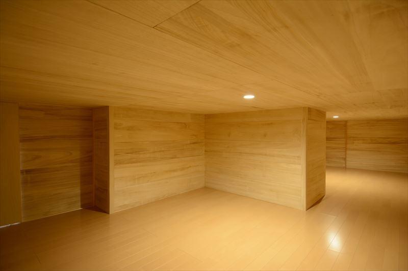 西小保方の家の部屋 床下収納