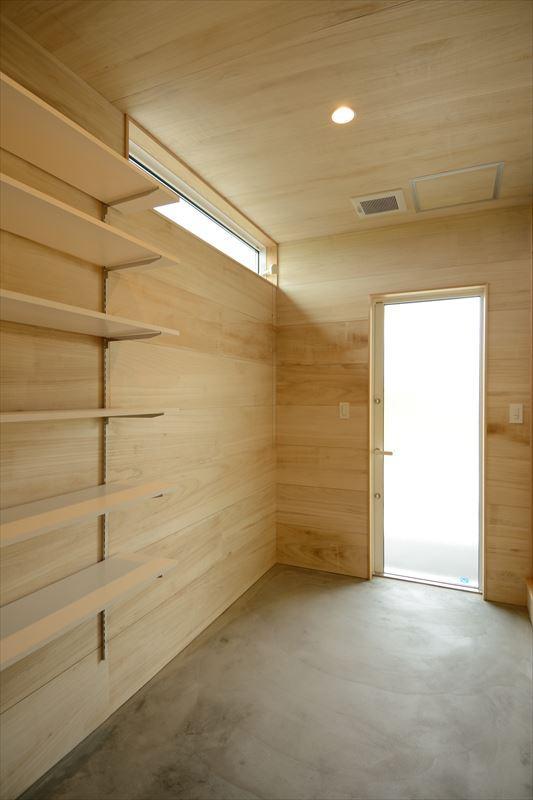西小保方の家の部屋 土間スペース