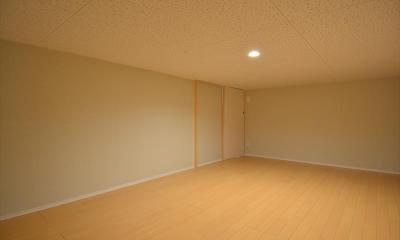 新井町の家 (床下収納)