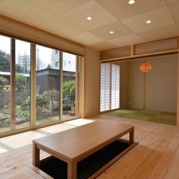 新井町の家 (和室と掘り炬燵のある部屋)