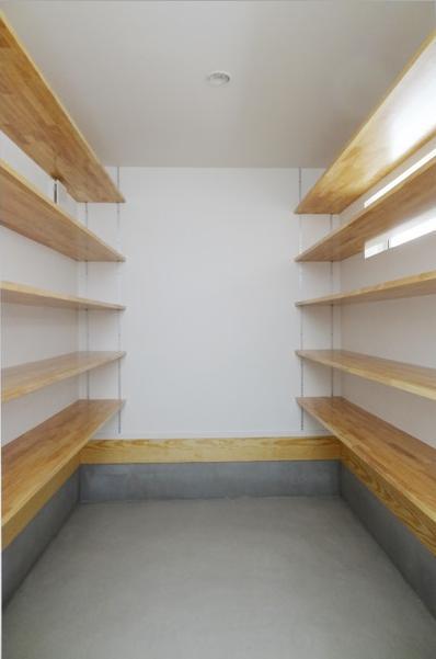 Mハウス 施工例2の部屋 大型収納空間