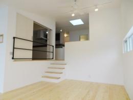 Mハウス 施工例2 (ステップフロアの空間)