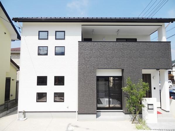 Mハウス 施工例3の部屋 白と黒を基調とした外観