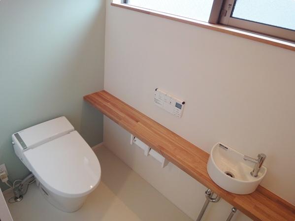 Mハウス 施工例4の部屋 落ち着く空間のトイレ